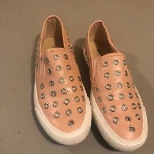 Peach white metal flat loafers/sneakers, elastic